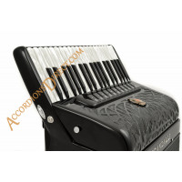 Scandalli Air III 37 key 120 bass 4 voice musette tuned black piano accordion with double tone chamber.  Midi expansion available.